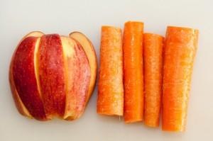 gambar manfaat buah wortel di campur  buah apel image