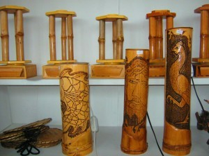 gambar kerajinan bambu image