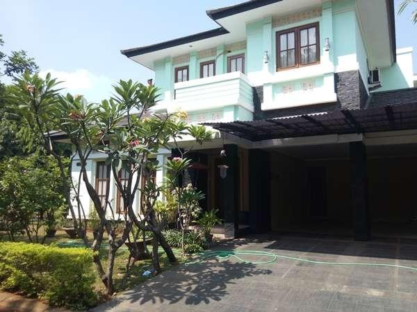 Rumah Megah Nan   di Puri Bintaro Sektor 9